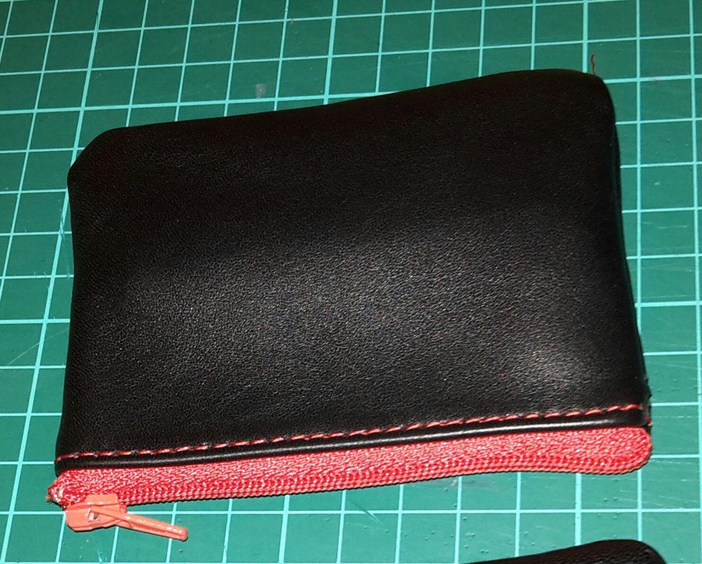 porte monnaie noir fàg rouge